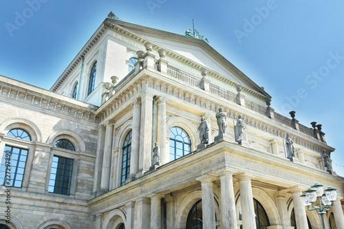 In de dag Theater Spätklassizistische Architektur - Opernhaus Hannover