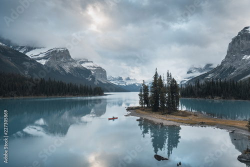 Printed kitchen splashbacks Dark grey Spirit Island - Alberta - Maligne Lake