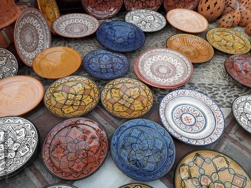 Fotografía  Platos de cerámica de diseño Marroquíes