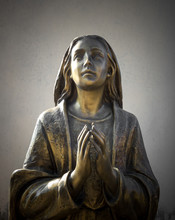 Holy Mary Statue Bronze That P...