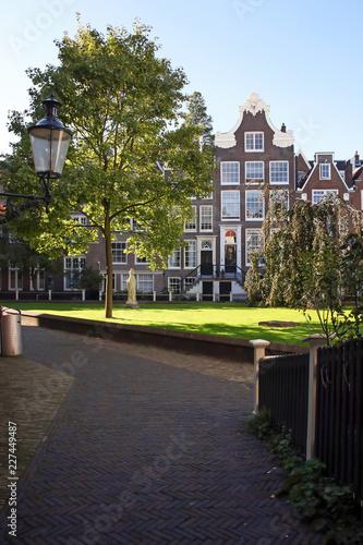 Photo  beguinage amsterdam