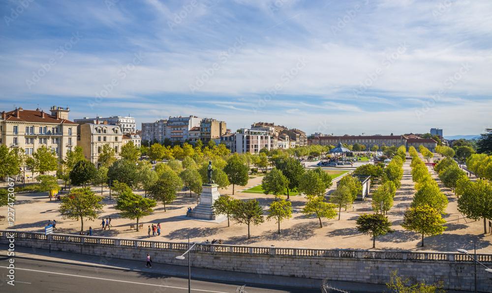 Fototapety, obrazy: Valence en France et son parc