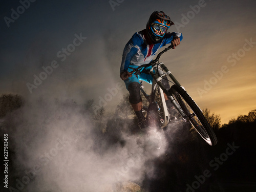 Photo Downhill cycling
