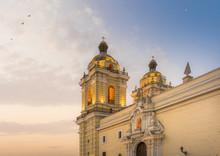 LIMA, PERU: TOWERS OF SAN FRAN...