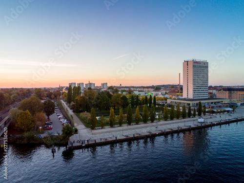 Foto op Aluminium Poort Potsdams Zentrum & Lustgarten in herbstlicher Stimmung 2018