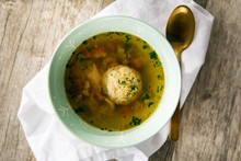 Matzoh Ball Soup For Passover