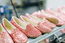 Glittering Female Shoes Making