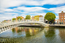 Ha'penny Bridge And Liffey Riv...