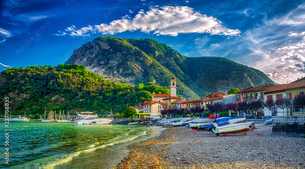 Fototapety, obrazy: Fischerdorf Feriolo am Lago Maggiore, Piemont, Italien