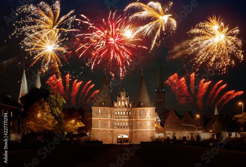 Feuerwerk in Lübeck #227711294