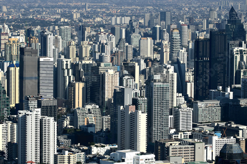 Photo  Aerial view of contemporary modern building in Bangkok cityscape