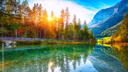 fantastyczny-jesienny-zachod-slonca-w-hintersee