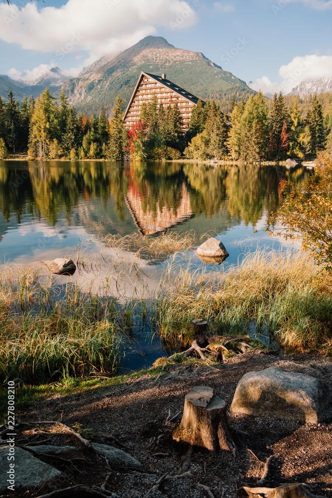 Fototapety, obrazy: Shtrbske pleso (lake) in autumn. Slovakia High Tatras mountains landscape.