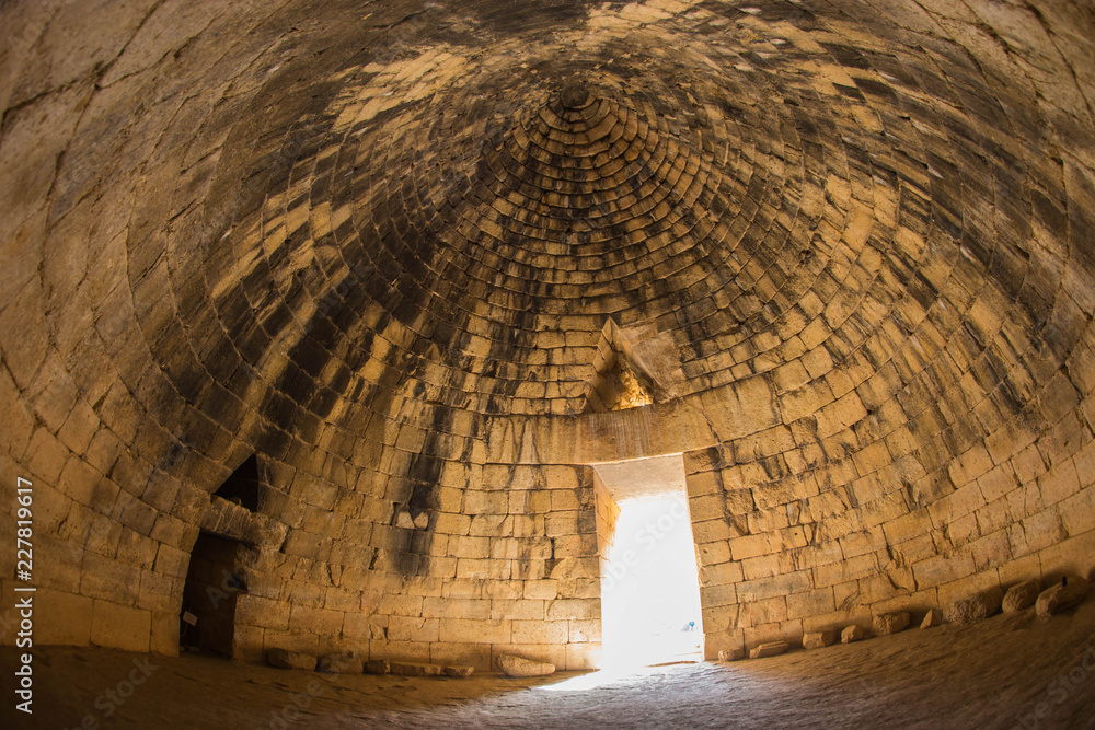 Fototapeta Ruins of ancient Greek tomb in Mycenae on Peloponnese, Greece