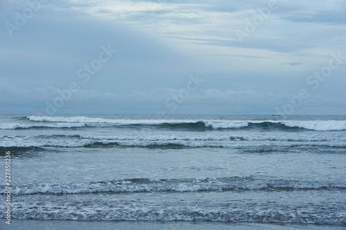 Fototapeten Natur El Cuco Black Sand Beach, El Salvador