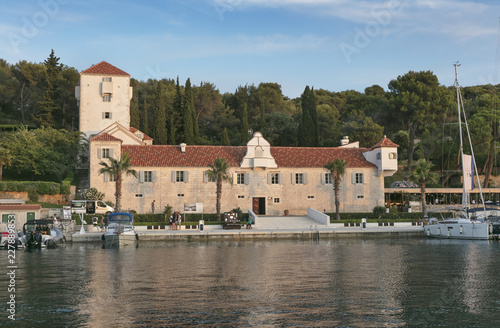 Papel de parede Monastery - castle - hotel in Maslinica on island Solta, Dalmatia, Croatia