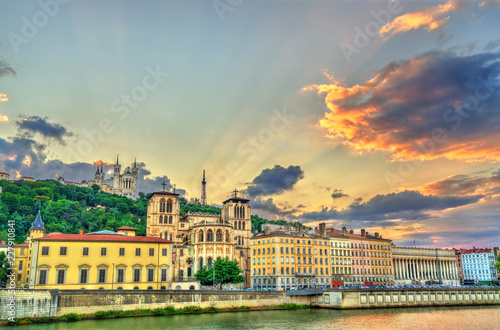 Foto op Plexiglas Europa View of the Lyon Cathedral and the Basilica of Notre-Dame de Fourviere. Lyon, France