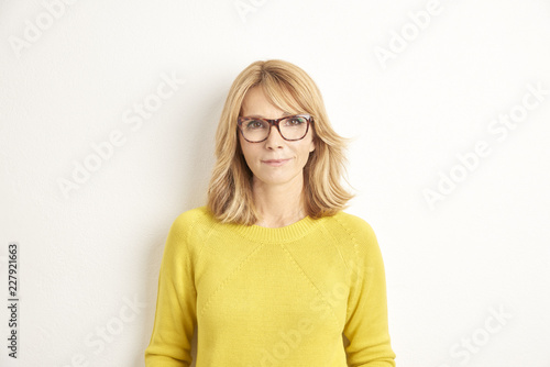 Smiling attractive woman portrait with copy space Poster Mural XXL