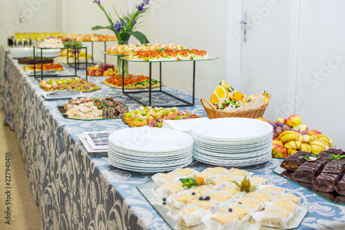 Foto op Canvas Buffet, Bar Buffet table of reception with cold snacks, meat and cakes