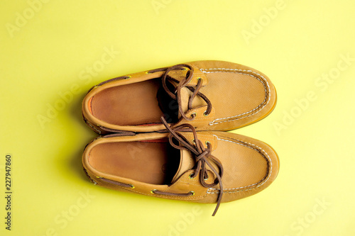 shoes, fashion, men's, clean, care, classic, leg, foot, leather, studio, shoelaces, correct, lifestyle, male, yellow,