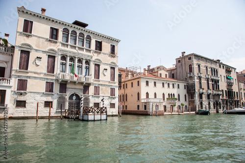 Foto op Plexiglas Venetie ancient streets of Venice