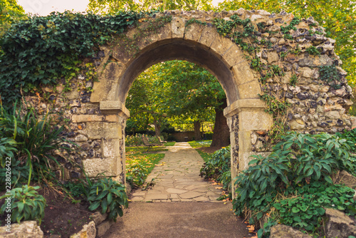 arch in the park Canvas Print