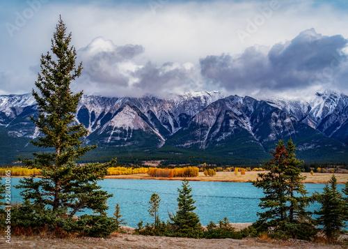 Obraz na płótnie Lake Athabasca is located in the northwest corner of Saskatchewan and the northeast corner of Alberta