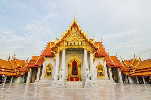 Staande foto Temple Unseen thailand, Wat Benchamabophit Dusitvanaram is a Buddhist temple in Bangkok, Thailand.it is one of Bangkok's most beautiful temples and a major tourist attraction