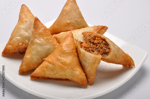 Chicken Samosa, also known as memoni samosa stuffed with spicy mashed chicken/ mince meat
