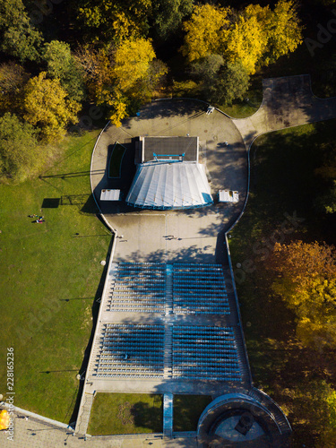Spoed Foto op Canvas Theater Aerial: Theater stage in Central park of Kaliningrad in autumn