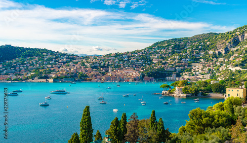 Photo French Riviera coast with medieval town Villefranche sur Mer, Nice region, Franc