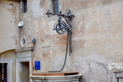 Fototapety, obrazy: Roman fountain at Sant'Angelo Castle Italy