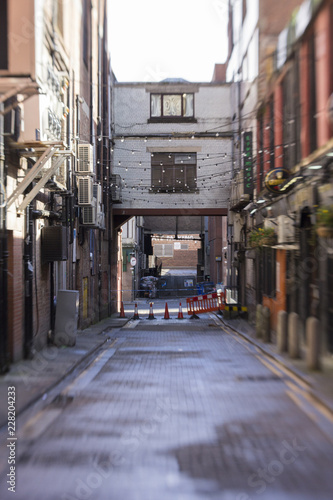 Canvas Prints Narrow alley GWGC011518