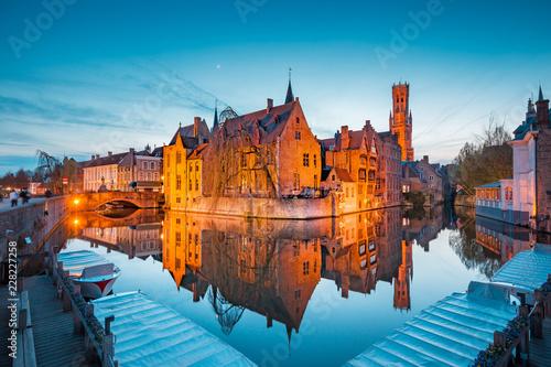 Fotobehang Centraal Europa Historic city of Brugge at twilight, Flanders, Belgium