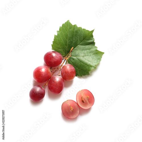 Fototapeta Ripe grapes on white background obraz