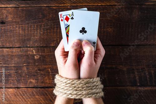 фотография  Card addiction