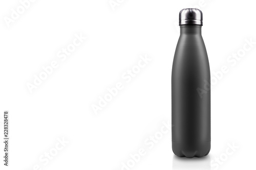 Photo  Black-matte, empty stainless thermo water bottle close-up isolated on white background
