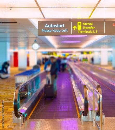 Poster Airport Singapore airport travelator
