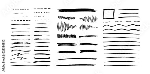 In de dag Boho Stijl Set of vector grungy graphite pencil art brushes. Pencil textures of different shapes. Easy edit color and apply to any path, write and draw.