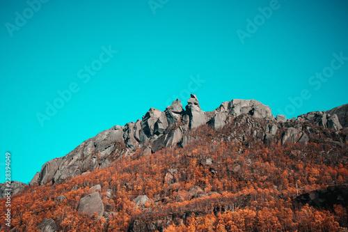Spoed Foto op Canvas Turkoois Hårlandsnibbene in Etne, Norway! Big mountain you can walk out on rocks