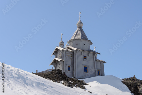 Keuken foto achterwand Antarctica Wooden church in Antarctica on Bellingshausen Russian Antarctic research station