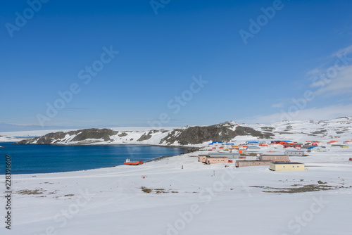 Foto op Plexiglas Antarctica Bellingshausen Russian Antarctic research station on King George island