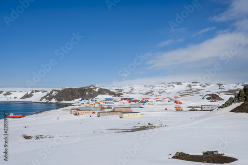 Poster Antarctique Bellingshausen Russian Antarctic research station on King George island