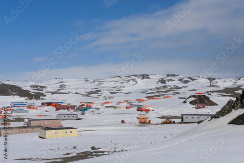 Fotobehang Antarctica Bellingshausen Russian Antarctic research station on King George island