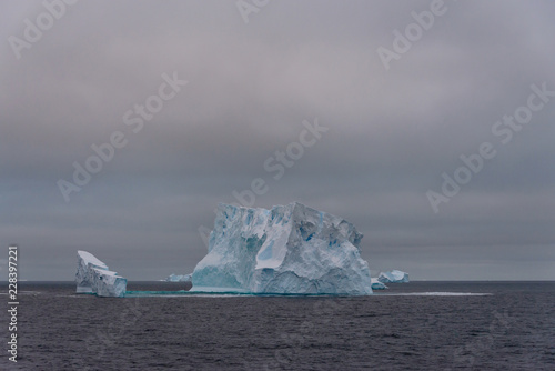 Deurstickers Antarctica Iceberg in Antarctic sea