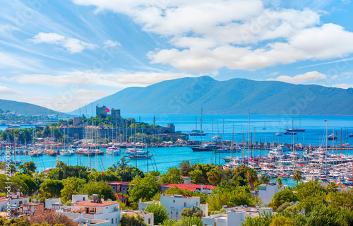 Fotografia  Saint Peter Castle (Bodrum castle) and marina in Bodrum, Turkey