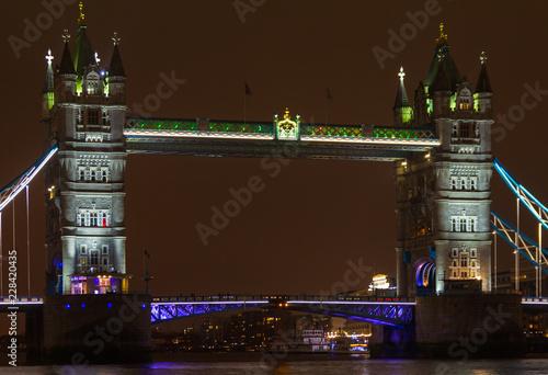 Fotografía  Tower Bridge à noite