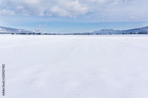Fényképezés 山形の雪原  Nagai , Yamagata , Japan