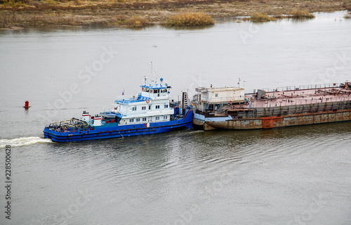 river barge towing
