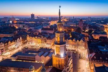 FototapetaEvening aerial view on Poznan main square and old town.